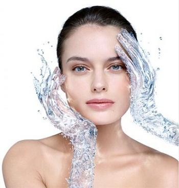 uhod za suhoj kogej lica
